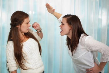 two women arguing