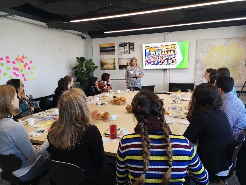 Communications training workshop with Susan Heaton-Wright Superstar Communicator