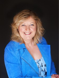 susan heaton wright, corporate superstar communicator, superstar communicator programme, presentation skills, vocal coach, speaking, conferences