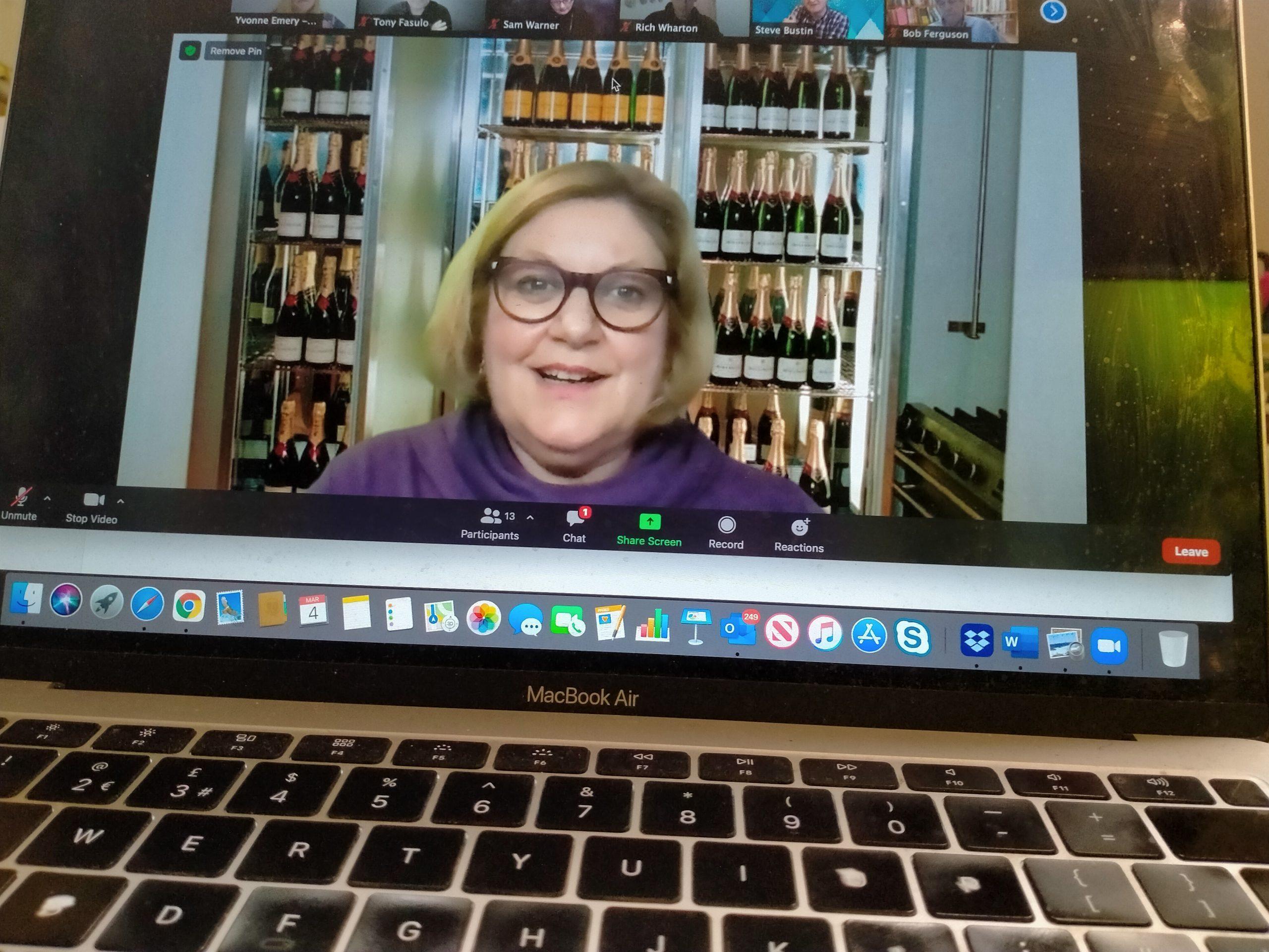 Susan Heaton-Wright from Superstar Communicator, Virtual Speaker